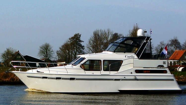 carla hausboot mieten in holland fuhlen sie sich wie an. Black Bedroom Furniture Sets. Home Design Ideas